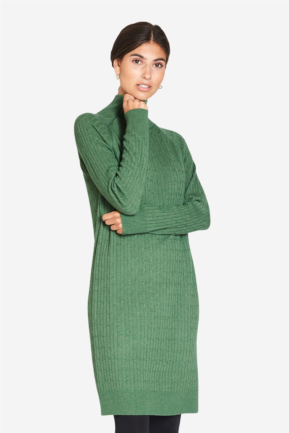 High-necked green nursing dress in cable knit