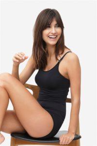 Black nursing top with build-in bra in bamboo fibers